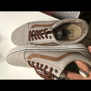 Classic vans with brown stripe